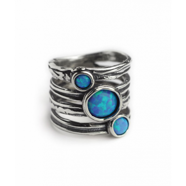 A Silver Chunky Ring with 3 Opal Stones