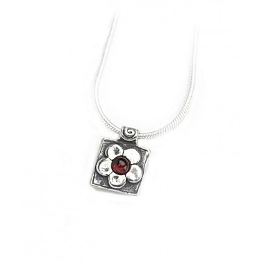 Garnet Daisy Square Pendant Necklace