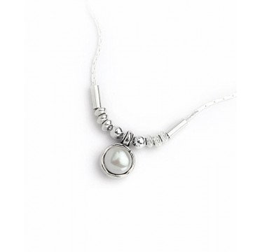A Freshwater Pearl Necklace