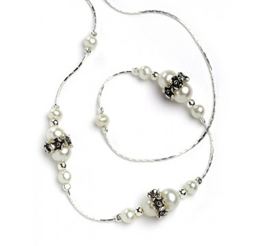 Pearl Necklace with Silver Beads