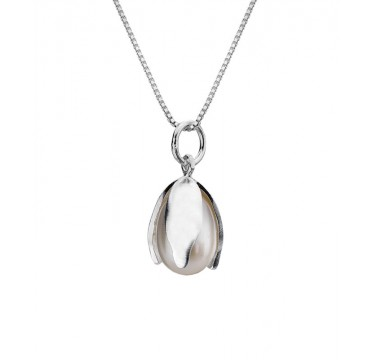 Snowdrop Necklace with a Freshwater Pearl