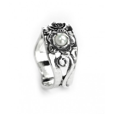 Silver Ring with Flower set with a Freshwater Pearl - LAST ONE
